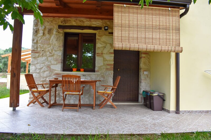 Bluiaia - Chianalea, vakantiewoning in Brattiro