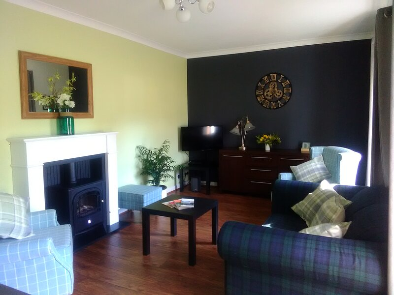 Cairngorms Dog Friendly Cottage Maredo House, holiday rental in Moray