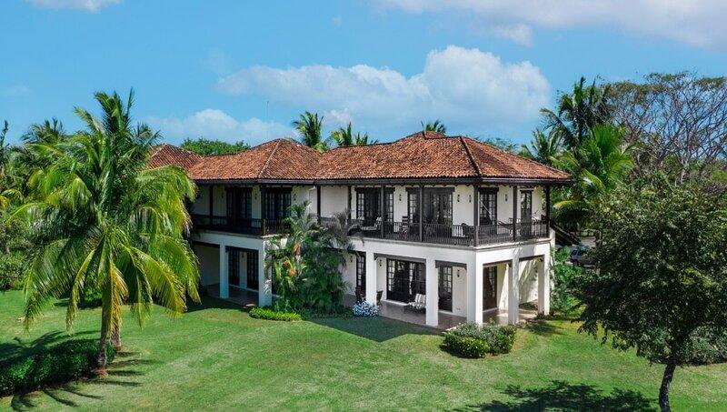 Luxury Spanish Style Villa with Breathtaking Ocean Views, aluguéis de temporada em Pinilla