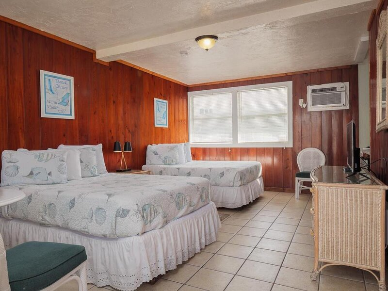 Adventure Awaits! Comfy Unit Near Attractions, Parking, vacation rental in Merritt Island
