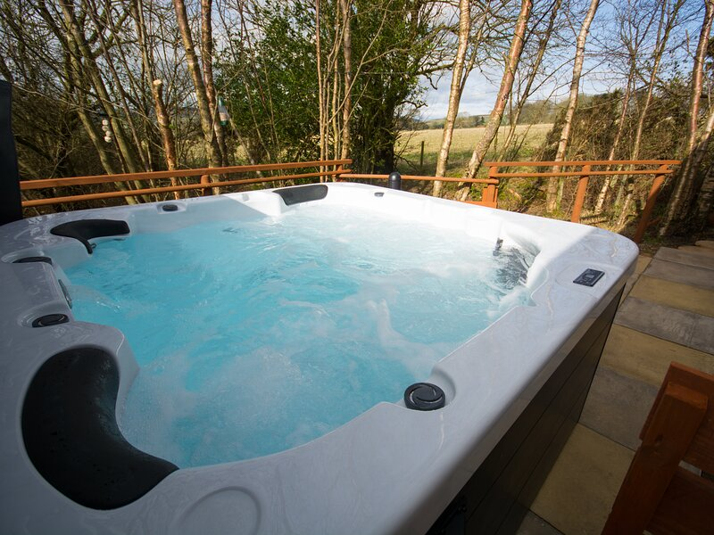 Foxglove Retreat - Hot Tub escape, in the heart of Northumberland, Ferienwohnung in Swarland