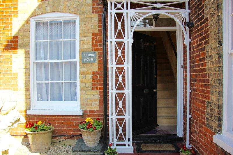 Sleeps 14 Seaside Luxury House on the Suffolk Coast, aluguéis de temporada em Carlton