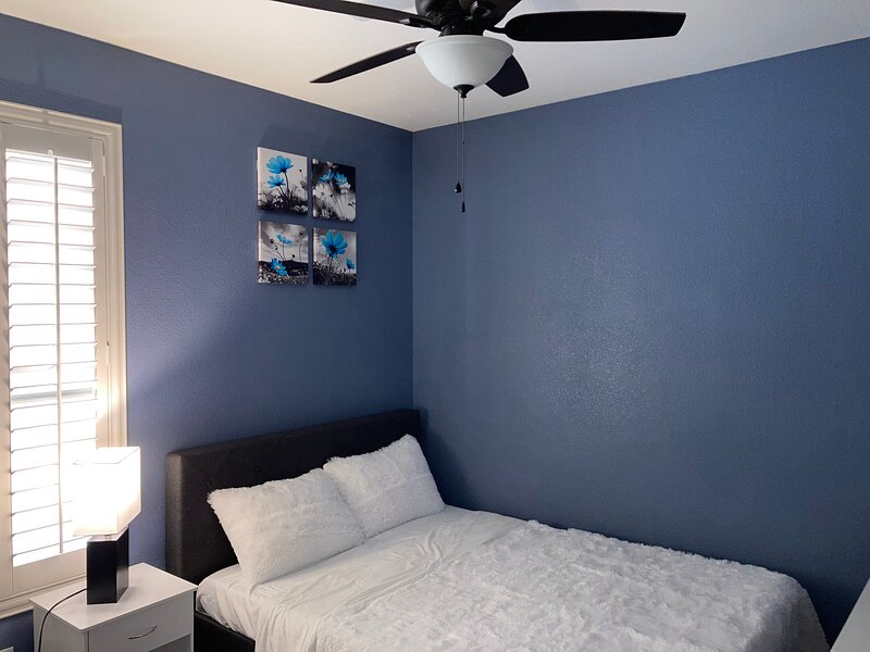A beautiful room in Las Vegas, holiday rental in Boulder City