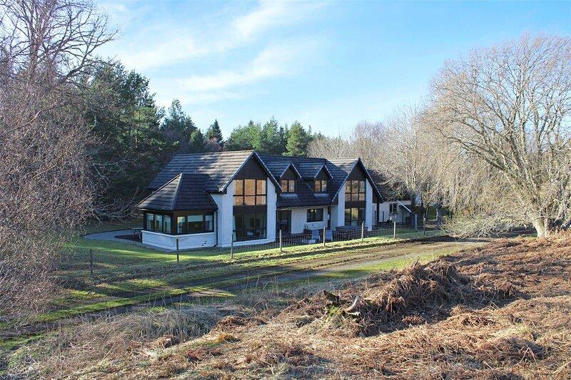 Eiledon Lodge, holiday rental in Farr
