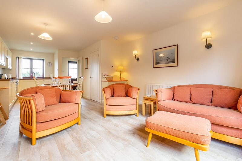Tystie Cottage | Fantastic Home By The North Norfolk Coast, vacation rental in Salthouse