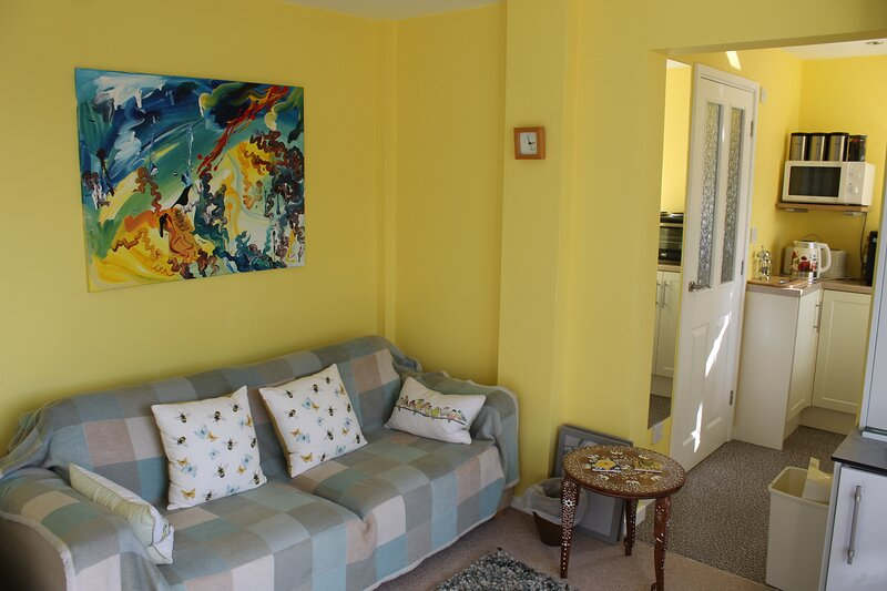 The Garden Room Westcott, holiday rental in Weedon