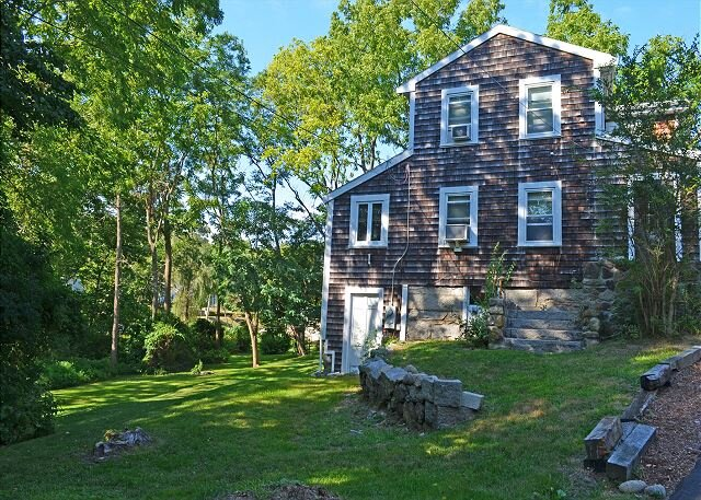 Squam Light: A newly renovated cottage, nestled in the village of Annisquam. – semesterbostad i Essex