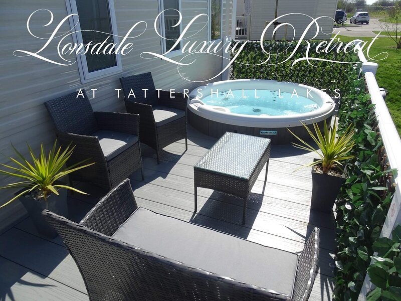 Lonsdale Luxury Retreat at Tattershall Lakes, holiday rental in South Kyme