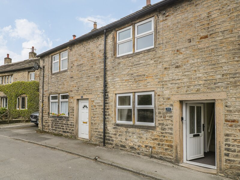 Mrs Stead's Cottage, Cononley, holiday rental in Lothersdale