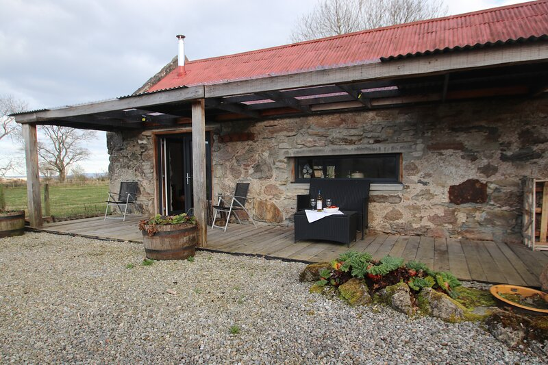 Immaculate 1-Bed Cottage in Evanton, vakantiewoning in Dingwall