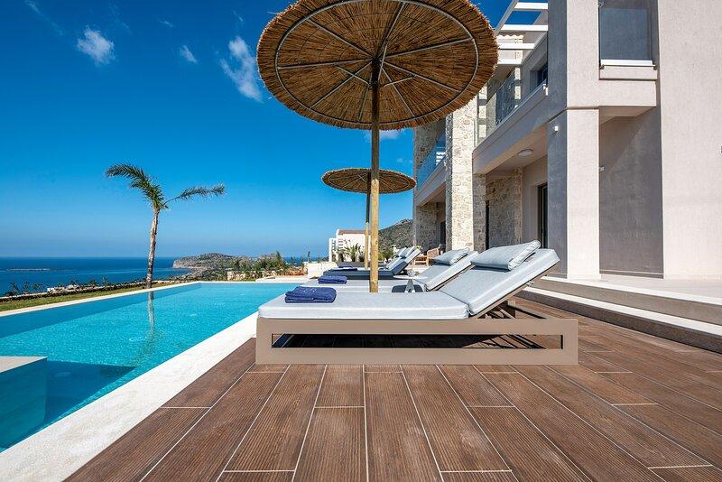 Villa Mare | Luxury, free heated pool, amazing seaview, close to Beach, holiday rental in Falassarna