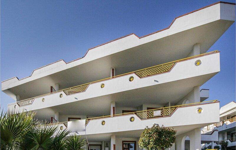 Bilo 2 (IZK204), holiday rental in Controguerra