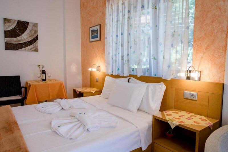 Maik Apartments - Comfortable apartment by the sea, location de vacances à Vatopedi