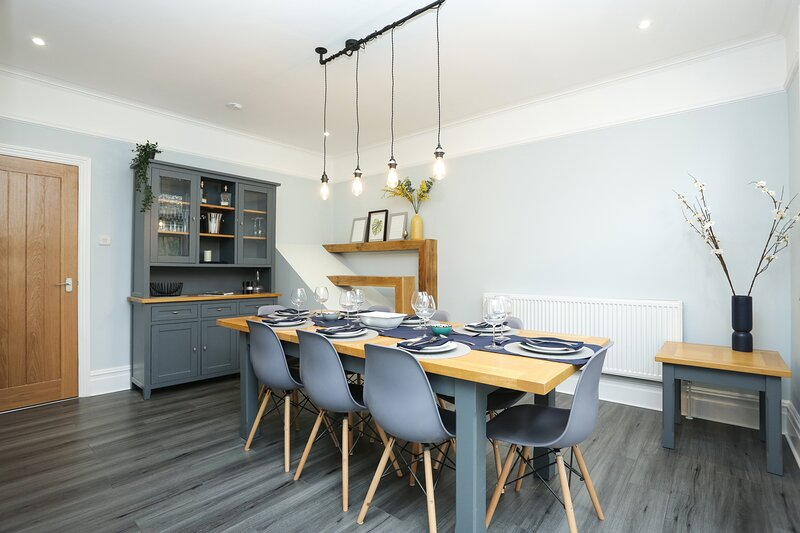 Refurbished property in the heart of Broadstairs with parking, holiday rental in Broadstairs