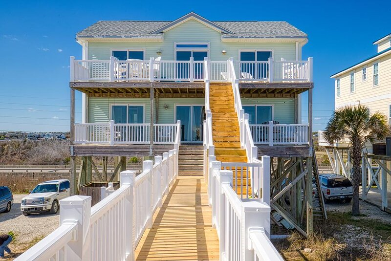 New River Inlet Rd 1316 Oceanfront! | Internet, location de vacances à North Topsail Beach