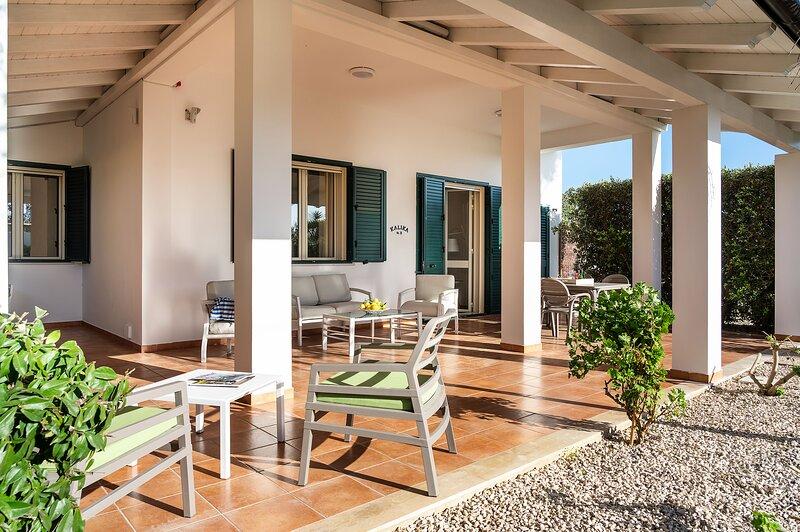 Reitani Apartment Sleeps 5 with Air Con and WiFi - 5888431, holiday rental in Reitani