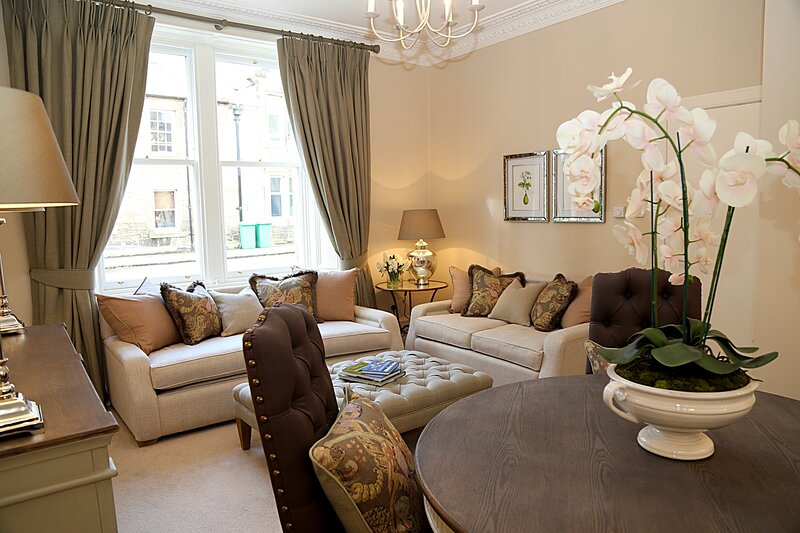 Fabulous central pied à terre, close to bars, restaurants, shops and golf, holiday rental in Strathkinness