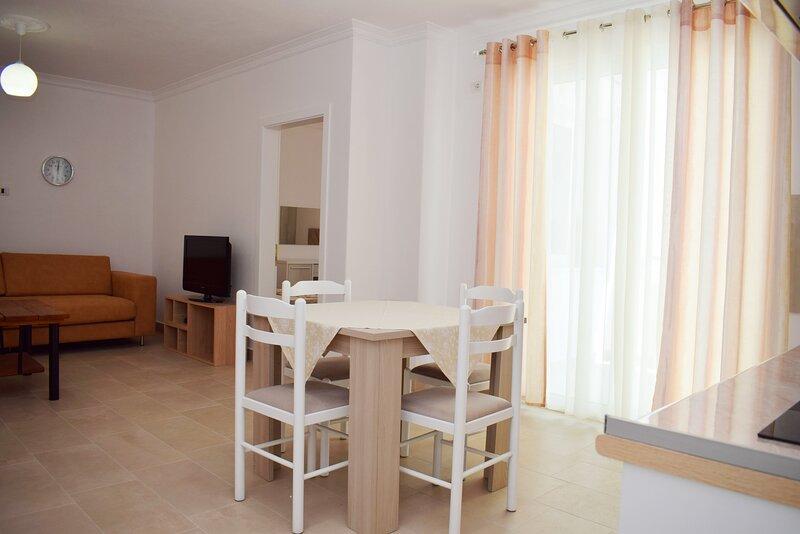 Best Summer Apartment, casa vacanza a Shkallnur
