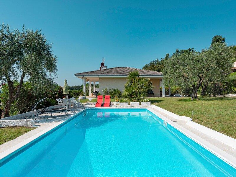 Incantevole (MOG105), vacation rental in Soiano Del Lago