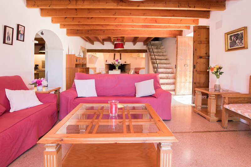 Patro, country house for 8 persons, holiday rental in Calonge
