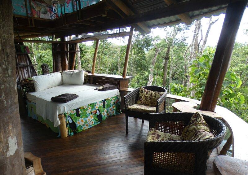 Corcovado Treehouse Sleeps 9 near Puerto Jimenez Remote Beaches, vakantiewoning in Carate