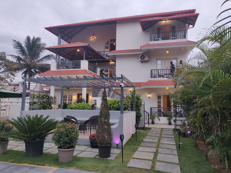 2 Bedrooms villa at Elegant holiday homes Coorg, holiday rental in Kushalnagar