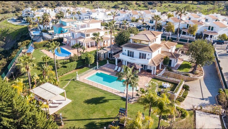 Luxury Villa, aluguéis de temporada em Albufeira