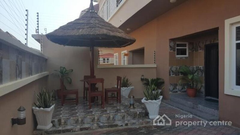 LUXURY 4-BED ROOMS  HOUSE  IN LEKKI  LAGOS NIGERIA, location de vacances à Lekki