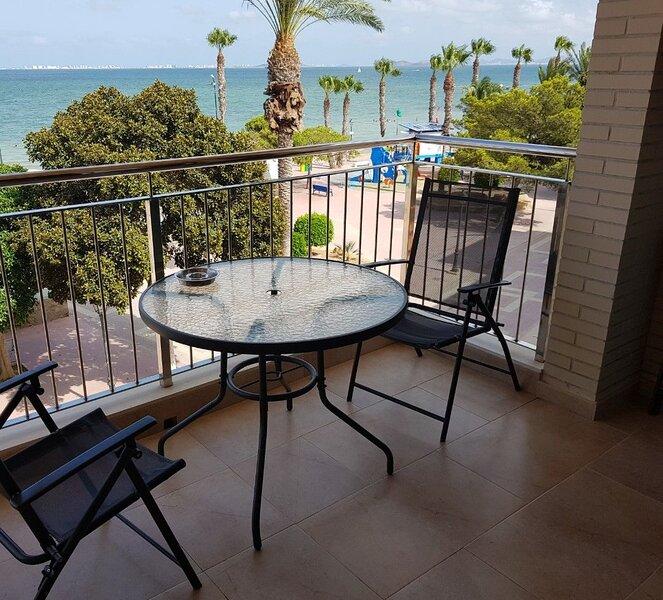 Beautiful apartment with terrace, casa vacanza a El Carmoli