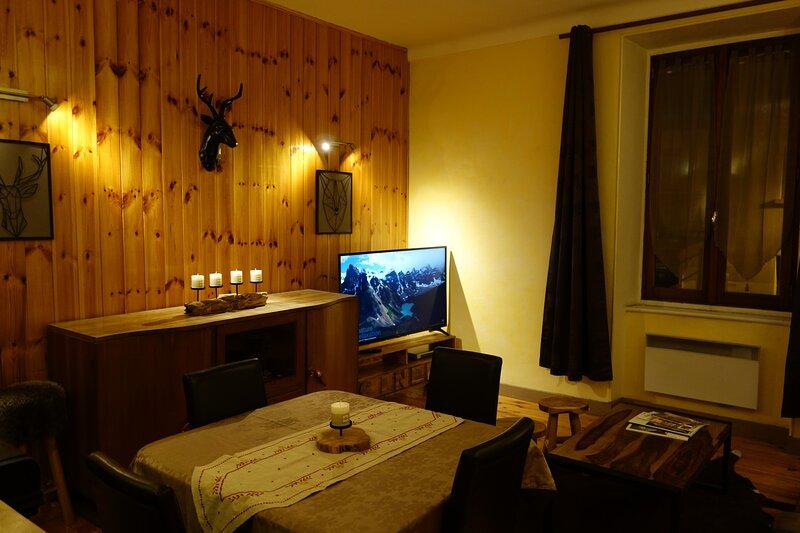 Appartement cosy montagne centre ville de Briançon, location de vacances à Briançon