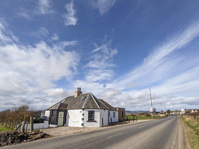 Toll House, Ardersier, holiday rental in Rosemarkie