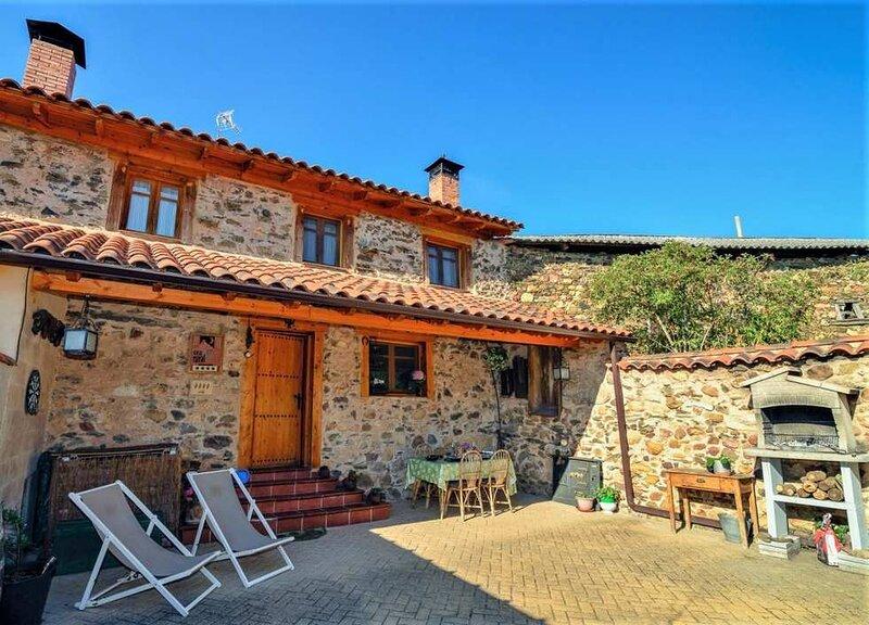 Recent house close to Kenmare, vacation rental in Kilgarvan