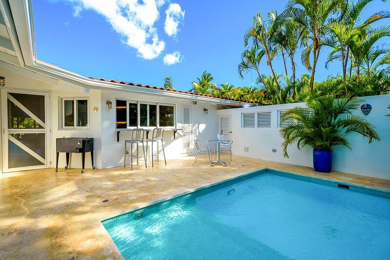 Las Minas Villa Sleeps 8 with Pool and Air Con - 5820178, location de vacances à Altos Dechavon