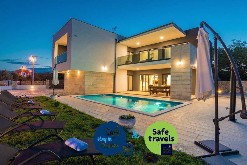 Villa F&A, holiday rental in Donje Raštane