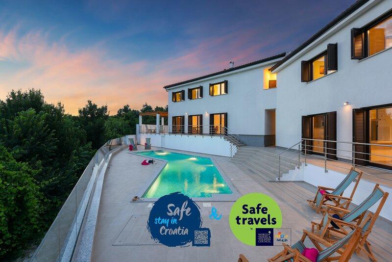 Villa Lubey, holiday rental in Ljubac