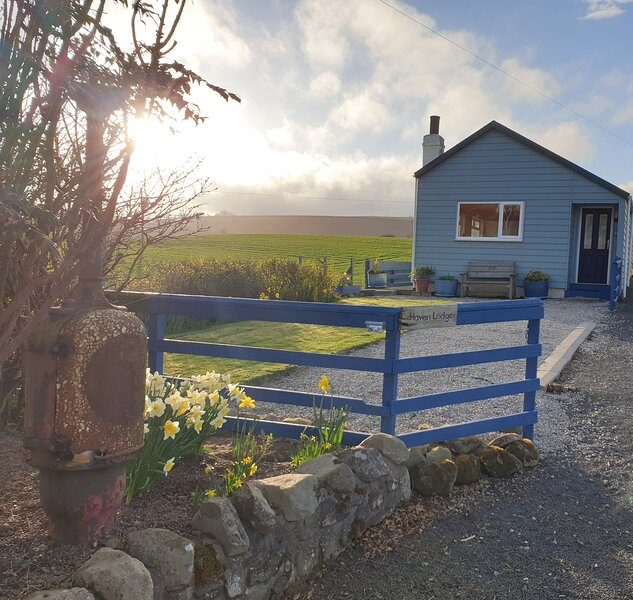 Haven Lodge (Couples beach retreat), holiday rental in Borders