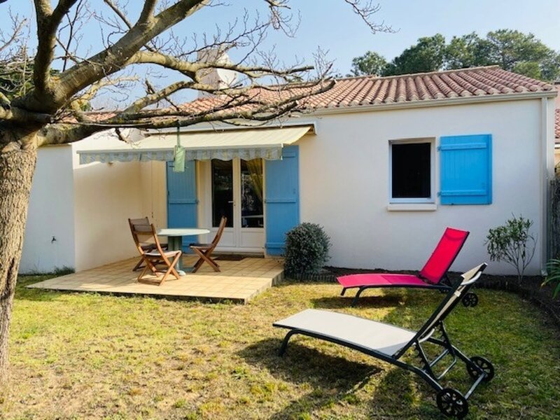 JOLIE MAISON DE VACANCES - PROCHE MER ET CENTRE-VILLE, holiday rental in La Chaize Giraud