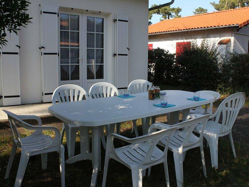 RONCE-LES-BAINS - MAISON MITOYENNE - PROCHE PISTES CYCLABLES ET FORET, alquiler de vacaciones en Ronce-les-Bains