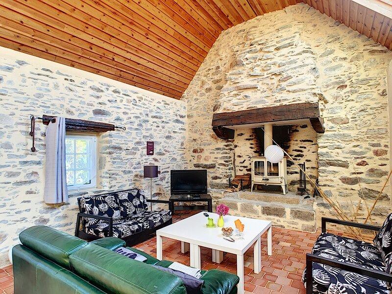 Maison Kerascoët à Plomodiern (Bretagne), holiday rental in Cast