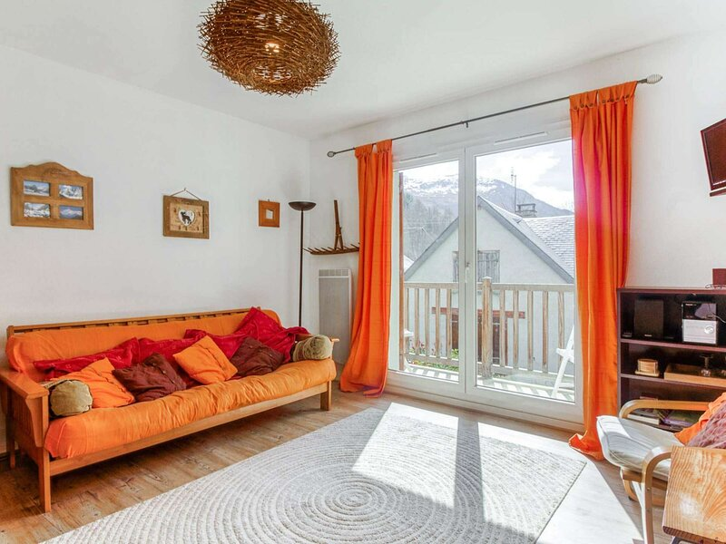 Appartement 6 pers résidence Bergeries du Bastan, vacation rental in Bareges