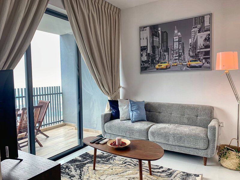 NESTLED SERENITY WITHIN THE HEART OF JURONG, holiday rental in Singapore