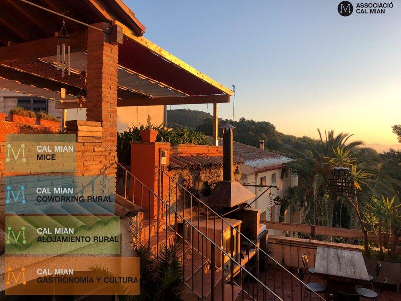 Casa Rústica Cal Mian. Costa Dorada a 23Km Playas, aluguéis de temporada em Vilaplana