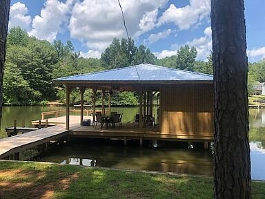LAKE SINCLAIR! GREAT VIEWS and SUNSHINE, vacation rental in Milledgeville