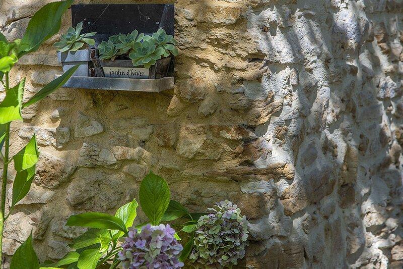 Le Mas Du Bonheur - Location de Gîtes, vacances en Provence, location de vacances à Uchaux