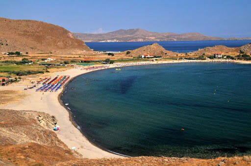 Limnos Seaside Lodging - Garden Haven by the beach, holiday rental in Lemnos