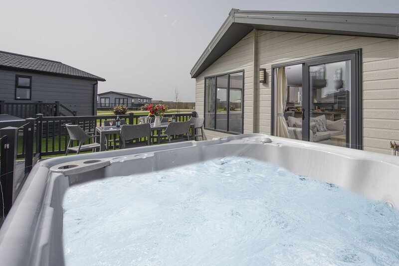 The Retreat, Newperran Heights, holiday rental in Goonhavern
