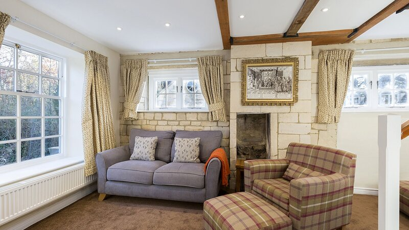 Prince Rupert at Sudeley Castle - Prince Rupert is a dog-friendly cottage locate, casa vacanza a Winchcombe