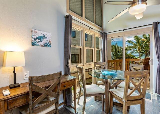 Kihei Sands #B4 2Bd Oceanfront, Sugar Beach, Steps to the Sand, Sleeps 6, casa vacanza a Maui