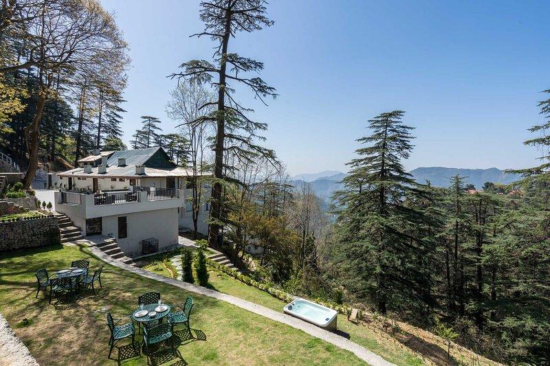 Pine Estate by Vista Rooms, alquiler vacacional en Shimla District