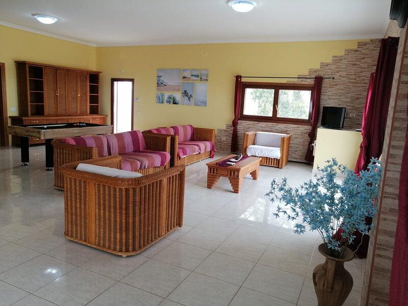 Private and relaxing finca with great views, aluguéis de temporada em San Bartolome de Tirajana